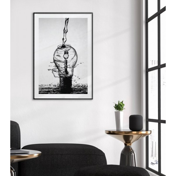 Simple lightbulb - Black and white poster